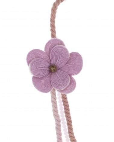 Collar semilargo bolas resina flor paja